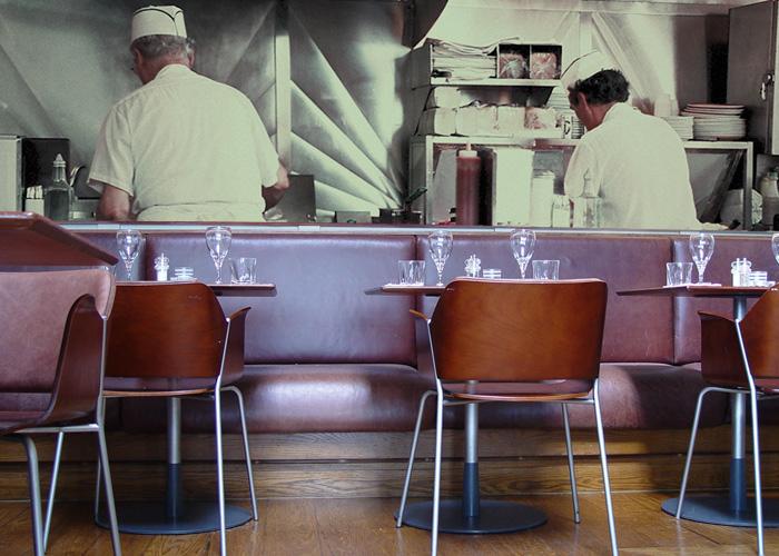 Voorbeeld – fotobehang muur café